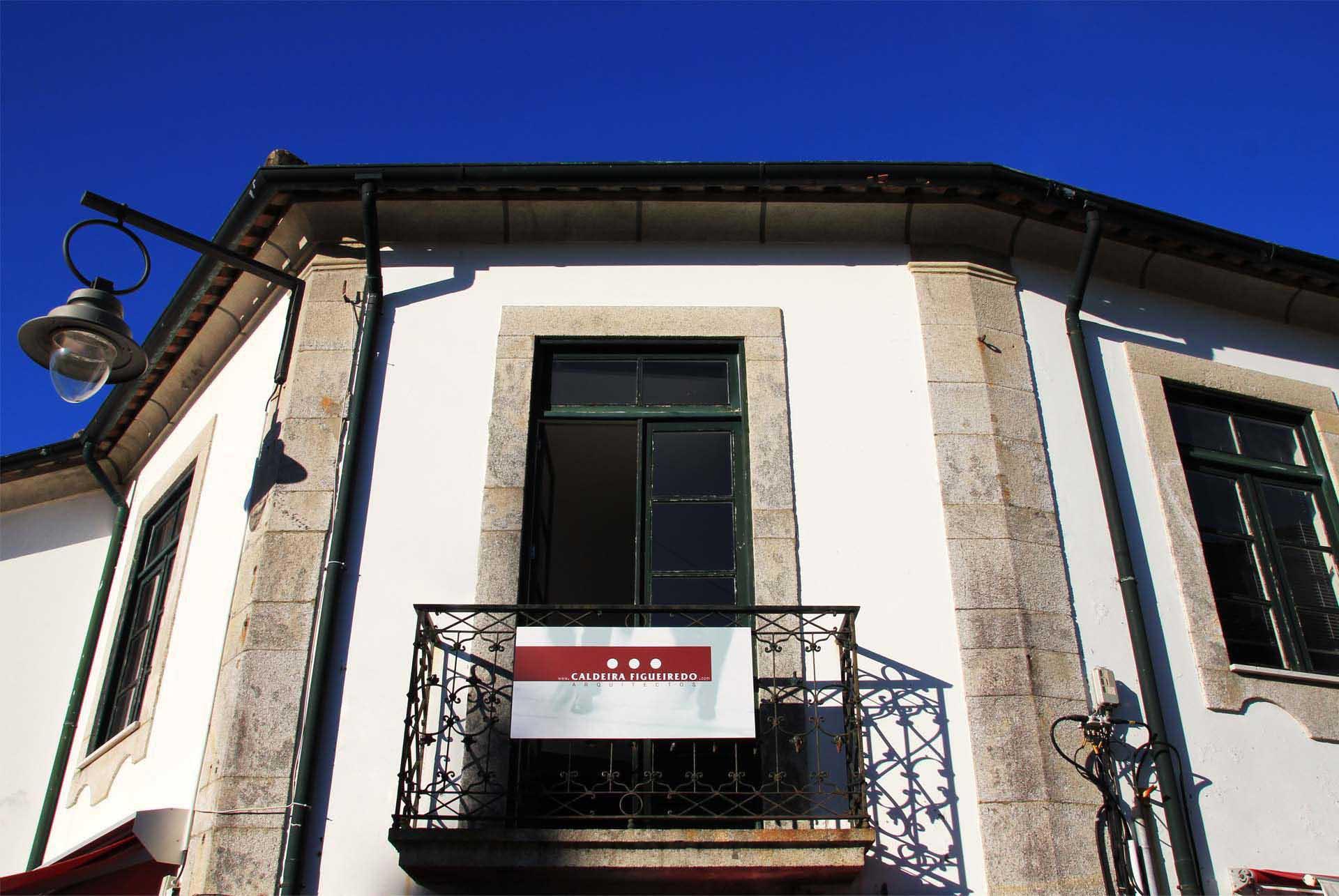CALDEIRA FIGUEIREDO OFFICE 01